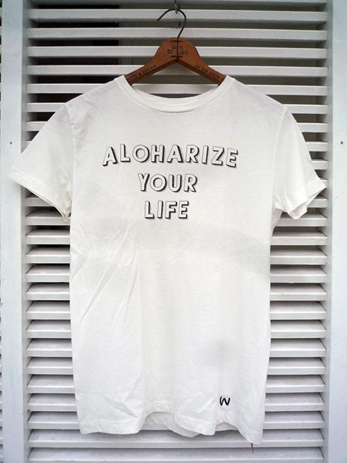 画像1: 【セール 50%OFF】WIMINI HAWAII ウィミニハワイ Tシャツ ALOHARIZE YOUR LIFE ナチュラル ユニセックス (1)